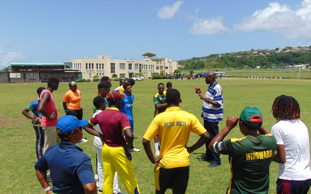 Sir Curtly Ambrose held successful Fast Bowling Clinic in St Vincent.