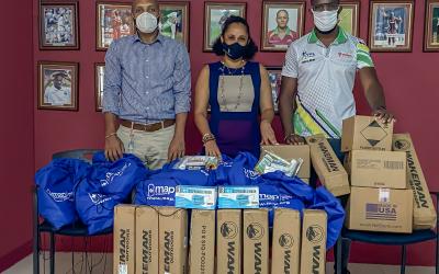 WPP makes donation to cricket